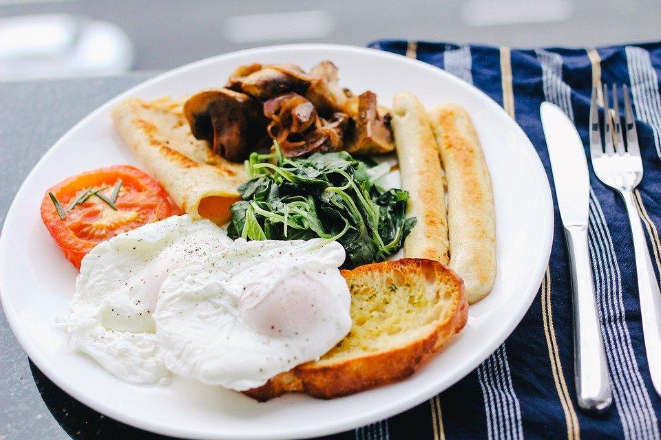 breakfast-1246686_960_720.jpg