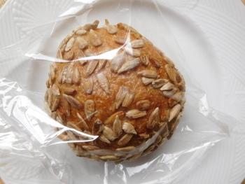 ampel パン屋