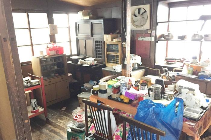 messy-kitchen.jpg