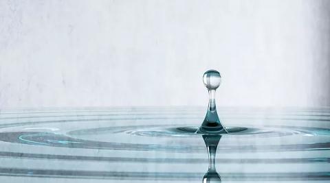 水面のテーブル04