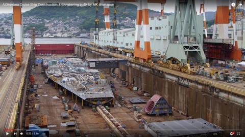 巨大な客船02