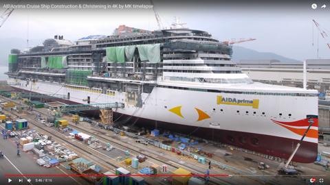 巨大な客船09