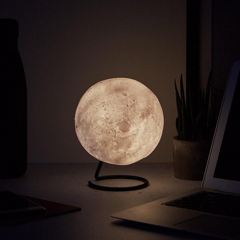 本物の!満月のように見える「ムーン・ライト」が癒やされる!!