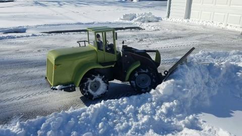 ラジコンの除雪車01