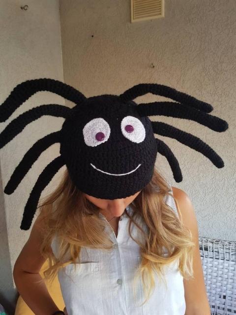 クモのニット帽_02