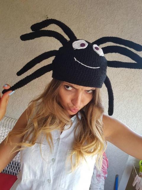 クモのニット帽_03