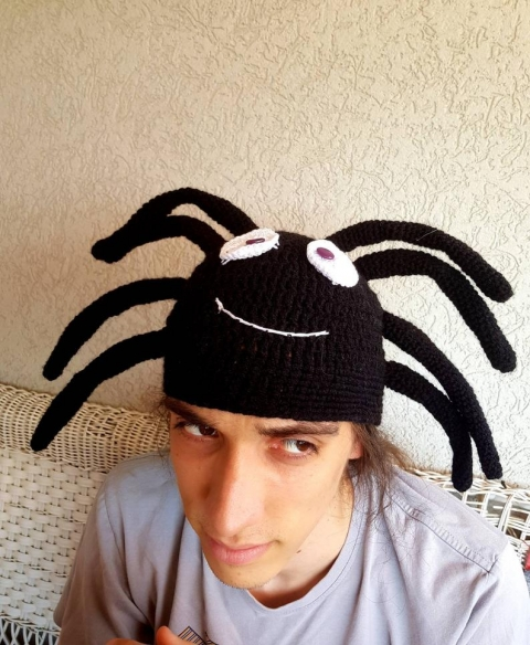 クモのニット帽_05