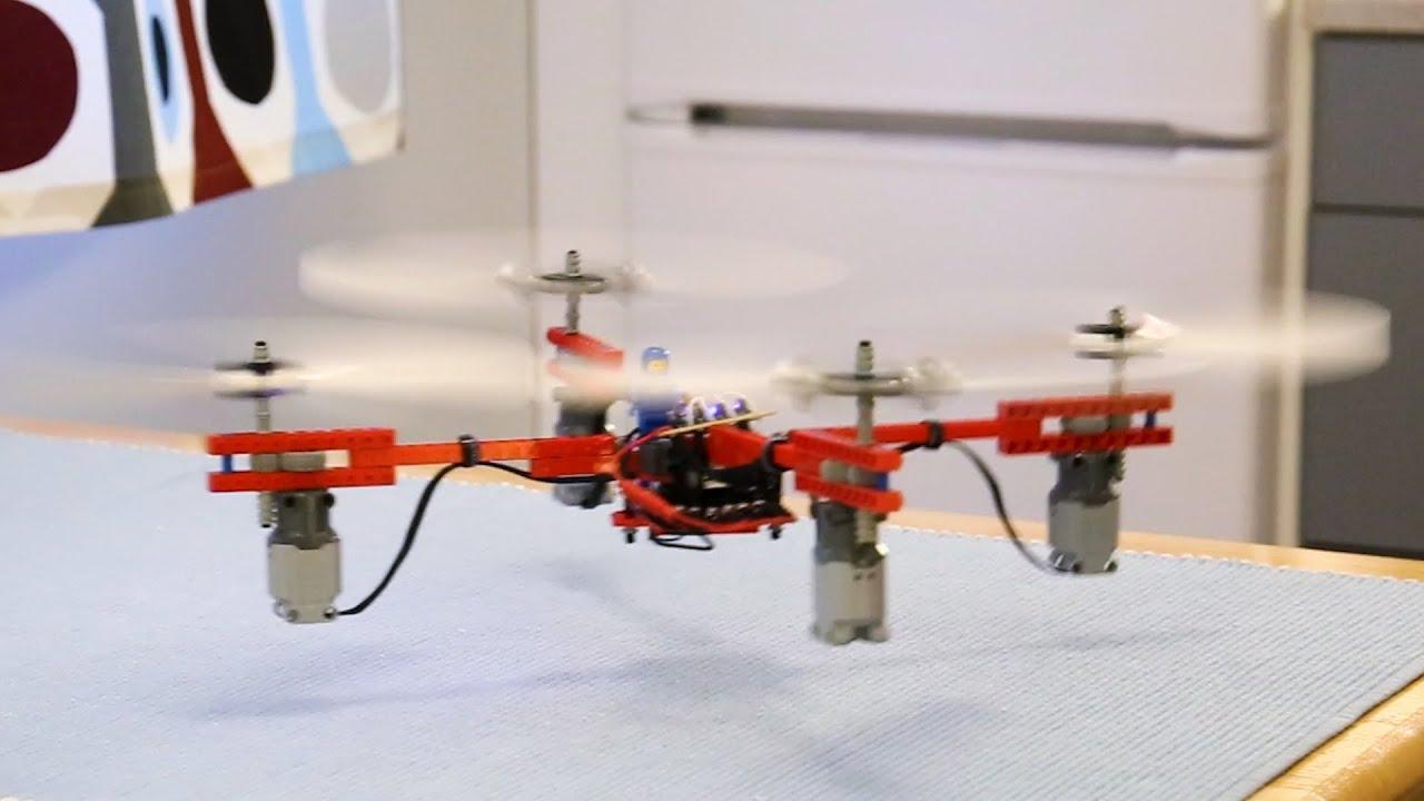 レゴで操作可能な!空飛ぶドローンを作る!!