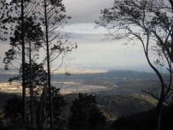 高松山頂上から191120