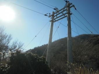 七沢電柱と在るけど200105