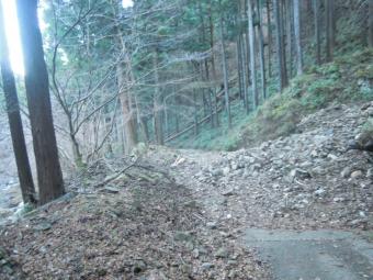 不動尻から神山隧道までの道200105