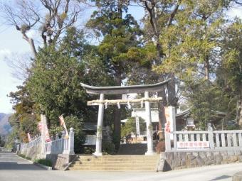 日々多神社鳥居200114