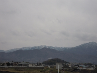 大山と丹沢方面朝200127