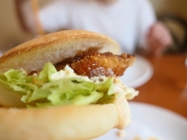 白身魚バーガー