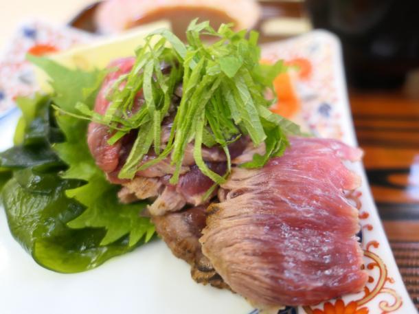 マグロホホ肉たたき
