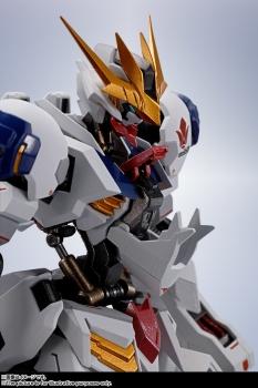 METAL ROBOT魂 ガンダムバルバトスルプスレクス (9)
