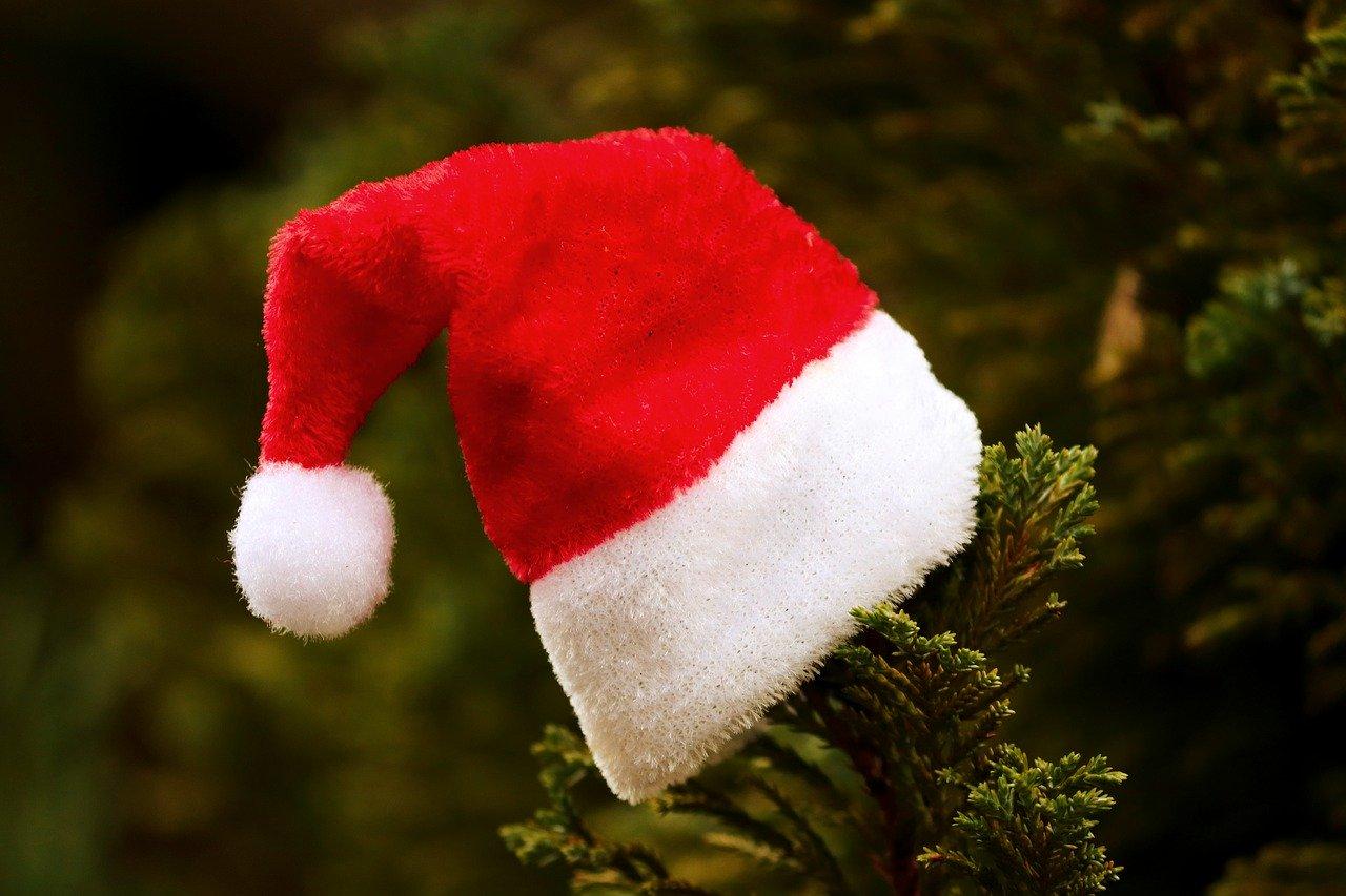 santa-hat-4704748_1280.jpg