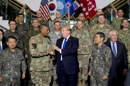 こんがりローストをプレゼントだな 〜 【サンタにお願い】韓国「駐留米軍撤退後は中国が『核の傘』を提供してくれたらいいな」⇒無慈悲な米国「笑わせるな。中国は侵略者だぞ」