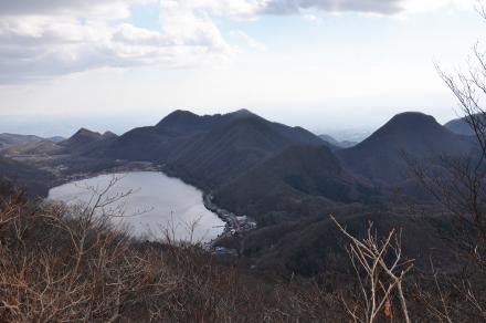 掃部ヶ岳頂上からの風景1
