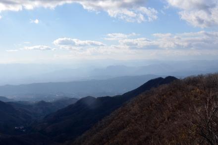 掃部ヶ岳頂上からの風景2