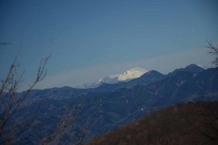 丸山への登山道から浅間山