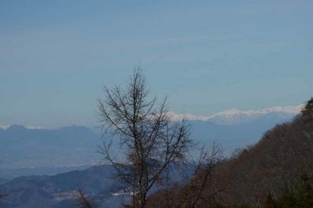 丸山への登山道から谷川連峰