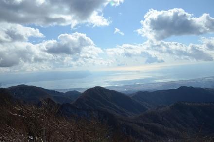 越前岳頂上から駿河湾1