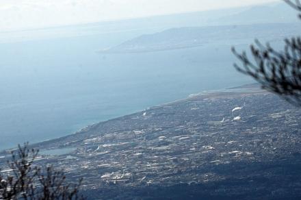 越前岳頂上から駿河湾2