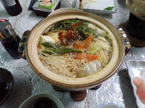 モクズガニ鍋