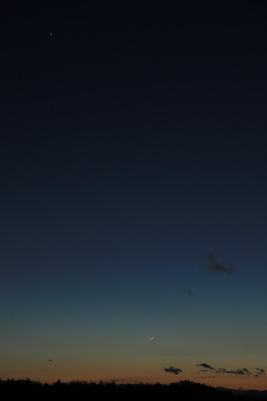 20200126夕焼けの中の月と金星
