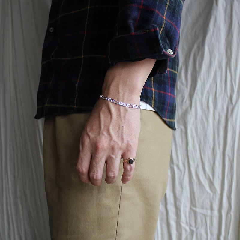 deadstock-bracelet-f-1.jpg