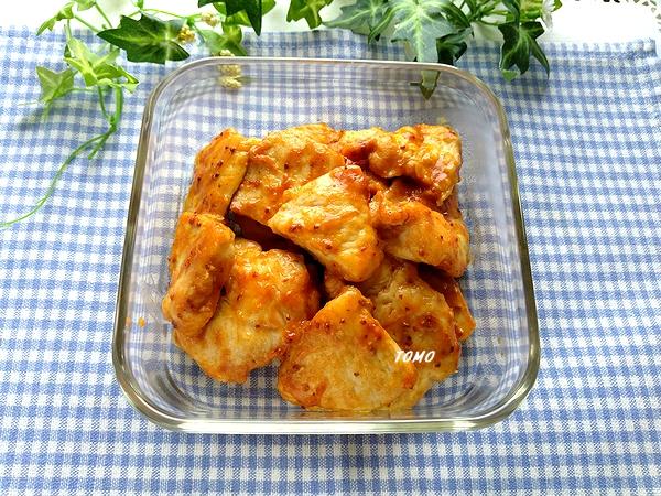 鶏むね肉のケチャップ粒マスタード炒め