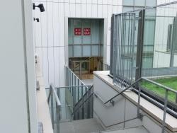 コマツビル 渡り廊下 銀座散策7