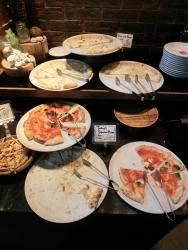 ピザ サルバトーレ クオモ