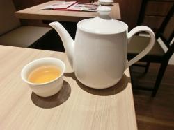 お茶のポット 日本橋高島屋ディンタイフォン記事