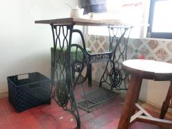 ミシンのテーブル 木琴堂