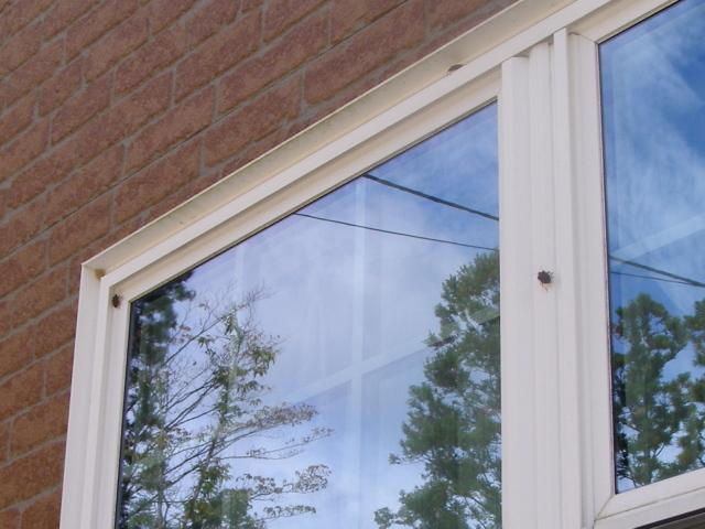 窓1027