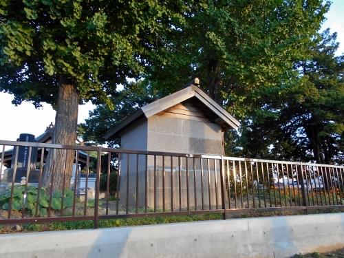 東区 法国寺 軟石祠