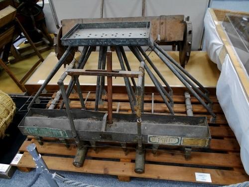 北海道開拓の村特設展示「水稲直播器 ねこ足」北海道博物館蔵