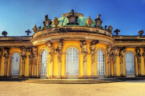 1280px-Potsdam_Sanssouci_Palace_convert_20200529111003.jpg