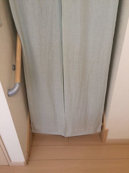 扉 リビング 階段 2Fリビングの階段にドアをつけるか