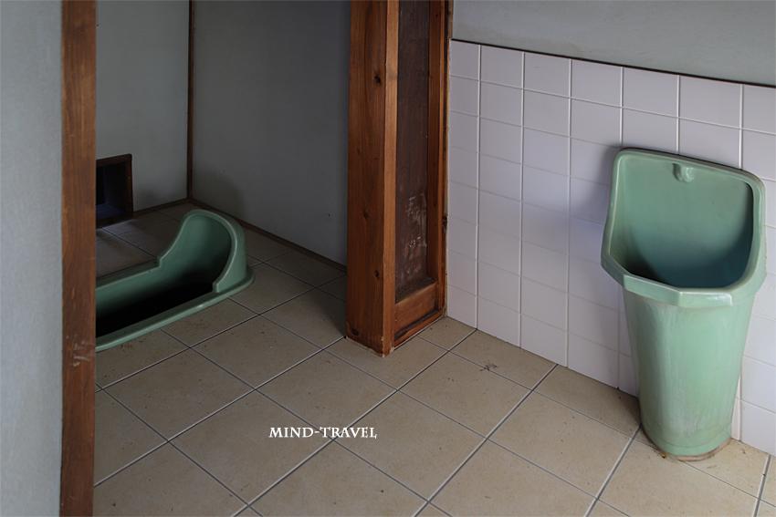 甚風呂 便所
