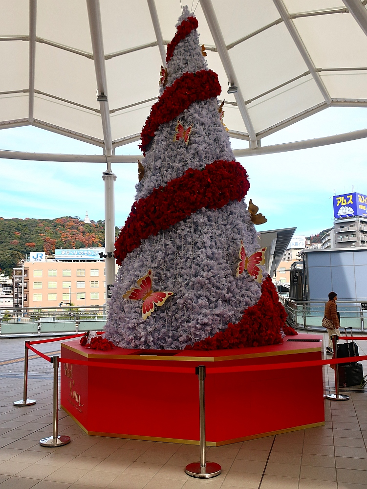 2019_12_13広島:35広島駅新幹線口クリスマスツリー