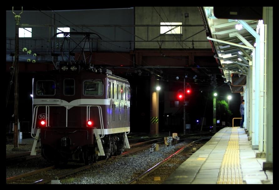 夜の寄居デキ5052
