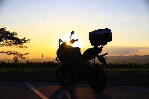 sunset-4013189_960_720.jpg