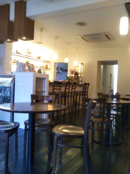 CAFE FLAT 令和元年 店内