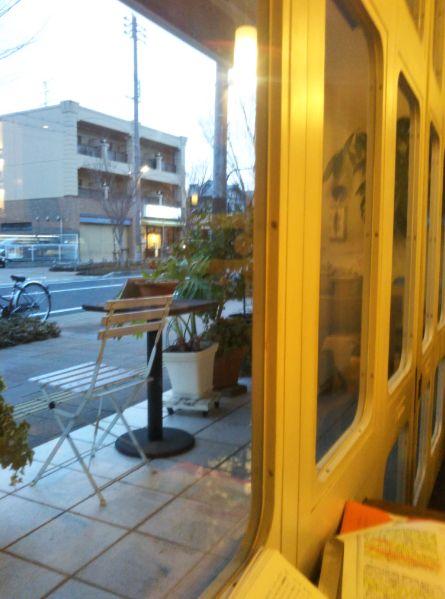 CAFE FLAT 令和元年 窓から 黄昏時