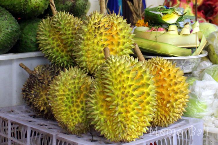 バリ島 南国フルーツ「ドリアン」