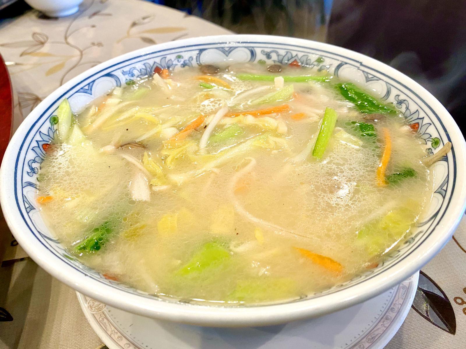 五目あんかけスープそば 850円.
