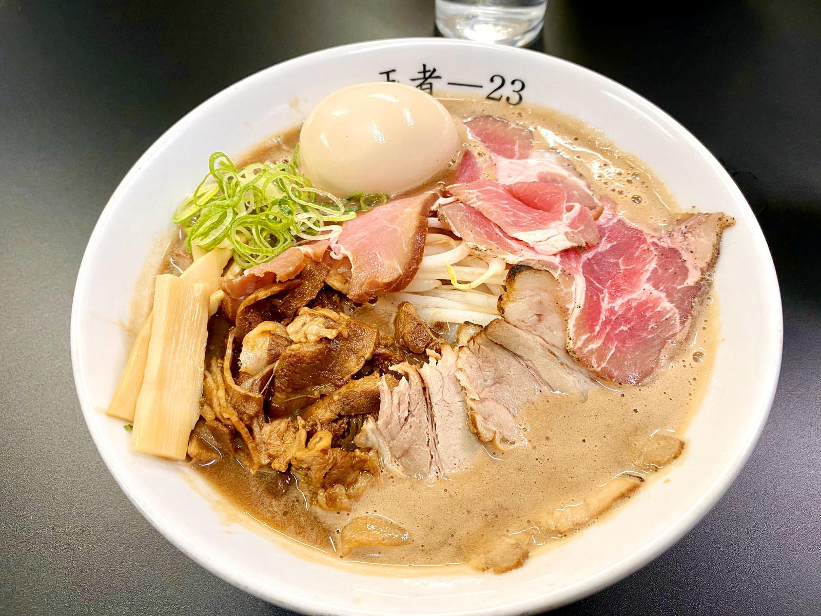 特製蕎麦(盛りチャーシュー)